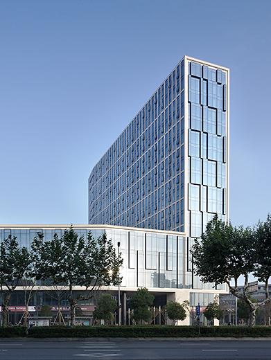 项目位于宁波三江口商圈图片