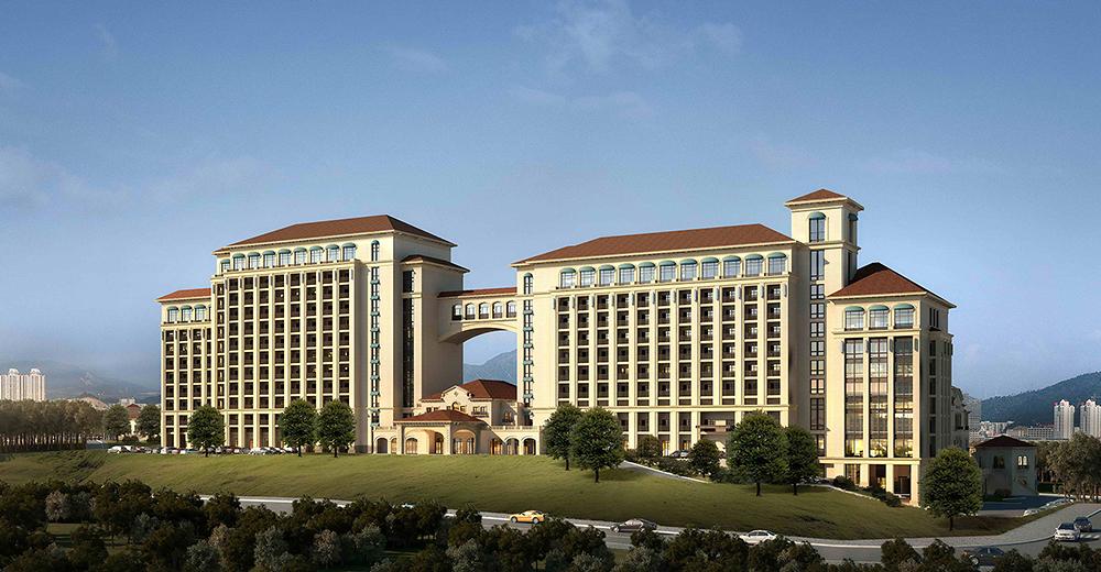 本地块的形态构成由西北向东南方向呈带状分布,并由三种尺度的建筑构成:2层的商业街商铺,3层高的小型商业体及类似体量的酒店裙房,高层酒店主楼。建筑体量从西北到东南方向层叠拔高,形成层次丰富的空间界面和活泼生动的形态特征。带状的纯步行商业街与酒店的出入口及内部车道分别位于地块的西北侧与东南侧,互不干扰。酒店的花园与商业街之间有阶梯可以通达。酒店主楼一高一低,互相呼应,并跟裙房互相协调,与周边的办公建筑形成较大的反差。酒店主楼与裙房采用古典坡屋顶的设计手法,在整体上形成一个统一的氛围,在满足酒店建筑高端商务的特